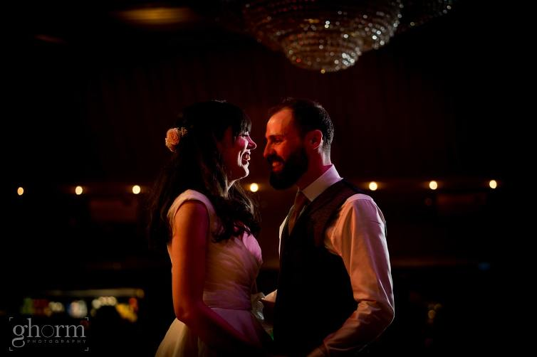 Harveys Point hotel Wedding, Paul McGinty Ghorm Studio Photography, spring wedding, first dance