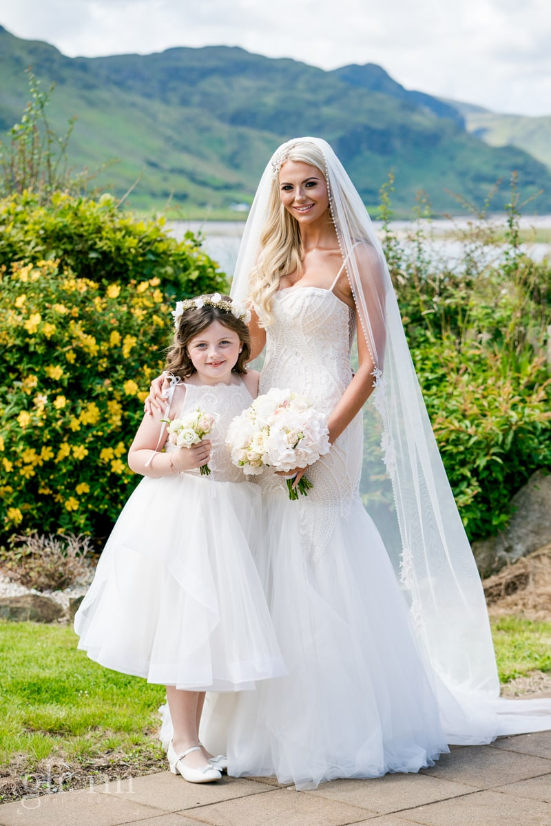 Bride and her daughter in Loughros Point, Co Donegal Ireland. Photo by Paul McGinty from Ghorm Studio Photography