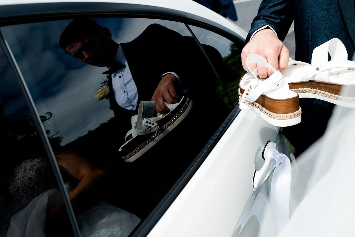 brides wedding she's, Irish castle wedding, Lough Eske wedding, Paul McGinty, Ghorm Studio Photography